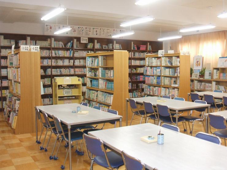 図書室 図書室(図書だより)